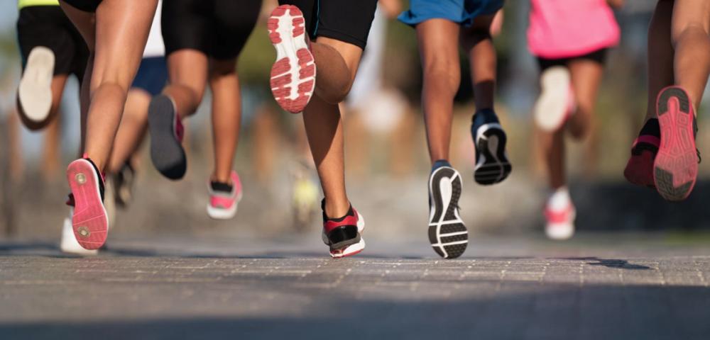 global_running_day, feet, people_running
